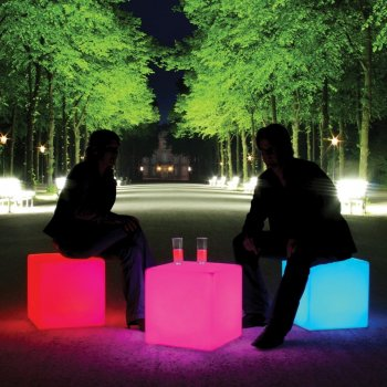 """CUBE"" LED Accu Outdoor Tisch/Hocker 09-01-03 Moree"